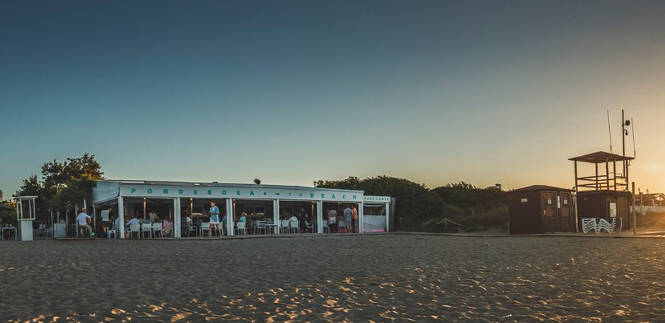 F Ponderosa Beach clubs Mallorca experiencia mediterránea